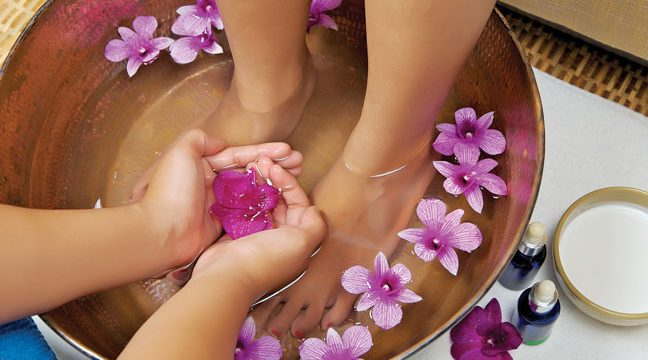 How to Pamper Feet at Home